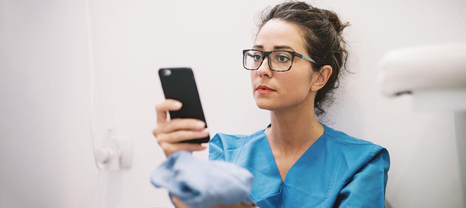 How to Address Nursing Burnout with An Employee Wellness Program