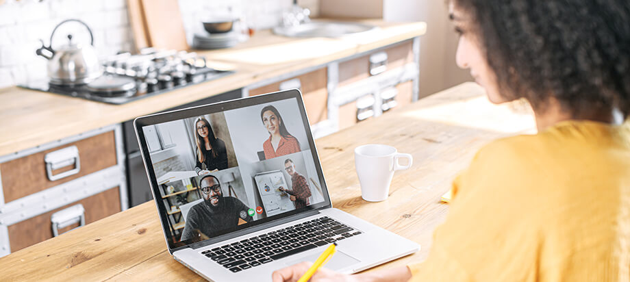 """Why a """"Coaching Workplace"""" Is Key to Successfully Leading Remote Teams"""